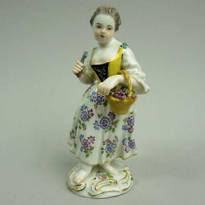 Antique Meissen Porcelain Figure Of A Girl Collecting Grapes #29Y