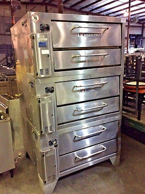 Bakers Pride 251 Commercial 3 Deck Gas Oven  2014