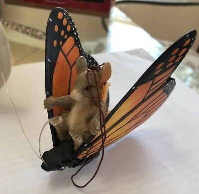 """Charming Tails """"Maxine's Butterfly Ride"""" Ornament, Mouse on Monarch Butterfly"""