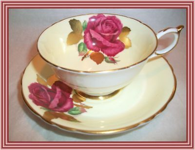 Paragon 1940s - RED ROSE & GOLD LEAF - ROSE MOTIF TEA CUP & SAUCER - NR