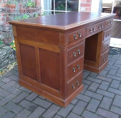 Quality Edwardian Oak Panelled Pedestal Desk~Brown Leather Inlay~9 Drawers~Key
