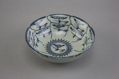Chinese old hand-carved porcelain Blue & white flower pattern bowl H
