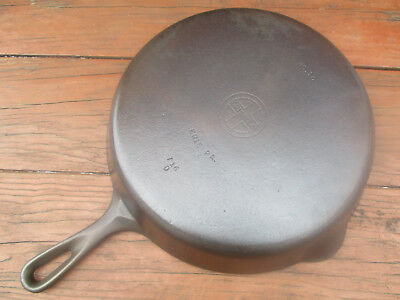 """fully Restored!"" Griswold #10 Small Block Logo Smooth Bottom Cast Iron Skillet"