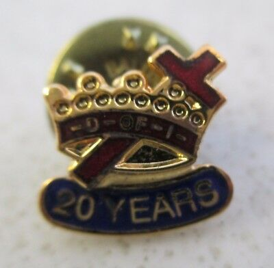 "Masonic Knights Templar 20 Years Goldtone 3/8"" Lapel Pin            75"