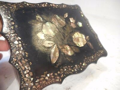 Small Antique Papier Mache Mother of Pearl inlaid box     ref 3081
