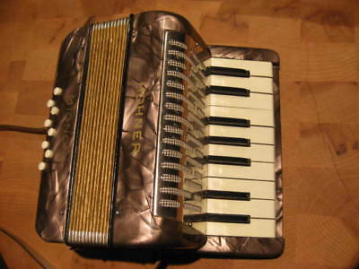 PURPLE PEARL Hohner Mignon 1 Small Accordion nice camping camp fire 2.75 Lbs