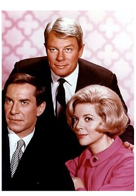 Photo Mission Impossible - Peter Graves & Barbara Bain  - Format 11X15 Cm  #1