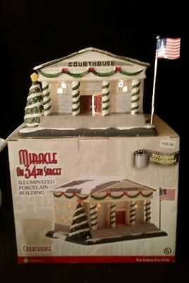 """NIB Enesco Miracle on 34th Street """"Courthouse Lighted Christmas Building REDUCED"""