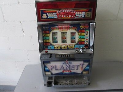 Super Planet T Type A  Pachislo Slot Machine JAPANESE skill stop w/keys +tokens