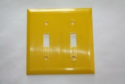 Vintage GITS Molding Corp. Double Switch Plate Cover YELLOW *NOS*