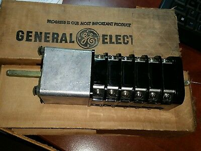 10AR414 General Electric Type SMB Control Switch
