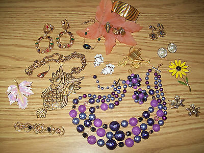 Great Retro Vintage Lot Costume Jewelry: some signed Reinard, JJ, Avon, Marvella