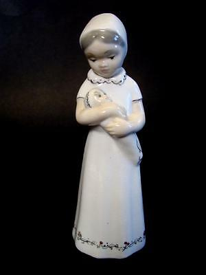 Tennyson 8 3/8'' tall Porcelain Figure - Woman Holding Infant / Made in Spain