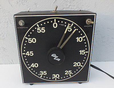 GraLab 300 Darkroom Timer Electric Photographic Luminous Dial, Buzzer Works XLNT