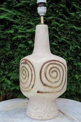 IDEN POTTERY RYE TALL TABLE LAMP spiral design