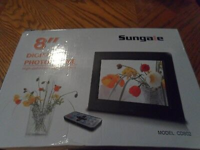 SUNGALE 7-INCH DIGITAL Photo Frame CD705, with Power Adapter ...
