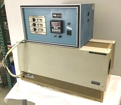 Lindberg 55453 Tube Furnace 3.8kW 1100°C w/3-Zone Controller 230VAC 30A *Details