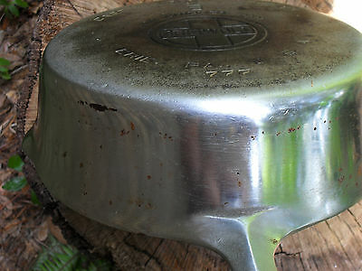 Griswold Erie # 8 Extra Deep Skillet or Chicken Pan p/n 777  Level, Clean