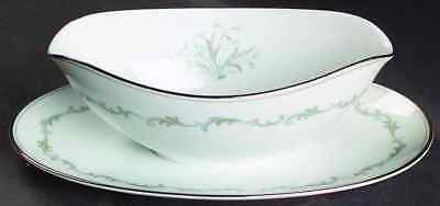 Noritake CHAUMONT Gravy Boat & Attached Underplate 424982