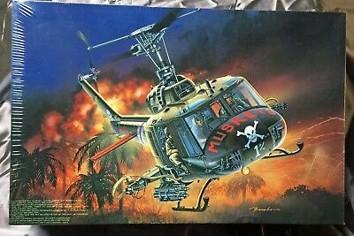 MRC - UH-1C HUEY GUNSHIP (#BA104) 1/35th SCALE HELICOPTER (SEALED)