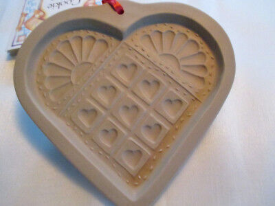 """Nwt, """" Heart Quilt """" 1996 Brown Bag Cookie Art Stoneware Cookie-Craft Mold"""