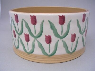Nicholas Mosse Pottery - Straight Sided 7 Inch Dish  - Red Tulips
