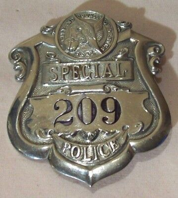 1920s~SPECIAL POLICE~CITY & COUNTY OF DENVER~RARE LAW ENFORCEMENT BADGE~OBSOLETE