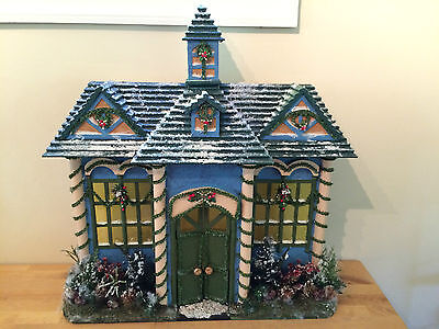 VINTAGE Large Wooden Hand Made CHRISTMAS HOUSE Decoration Display - 25x24x7