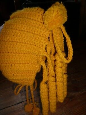 VTG 1960's Little Girl GOLD HAND KNIT HAT RINGLETS curls TIE CAP Bonnet crochet