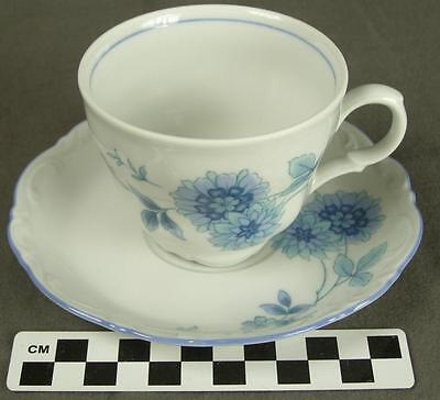 Mitterteich Bavaria Germany MIT161 Blue Floral Fine China Teacup Cup Saucer (HH)