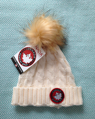 Canada Weather Gear Chunky Cable Knit Pompom Beanie Girl's Kids Youth Winter Hat