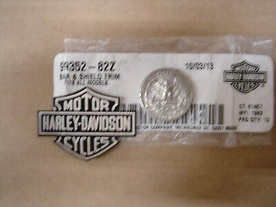 HARLEY DAVIDSON BAR and Shield FLAT Aluminum Trim NEW 99352-82Z OEM