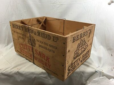 Very Nice Antique / Vintage Cutty Sark Scotch Whisky Wooden Crate Box