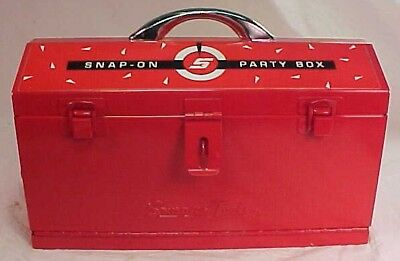 SNAP ON Tools PARTY BOX Brand New Sealed Chips, Cards, Dice & Cribbage Board
