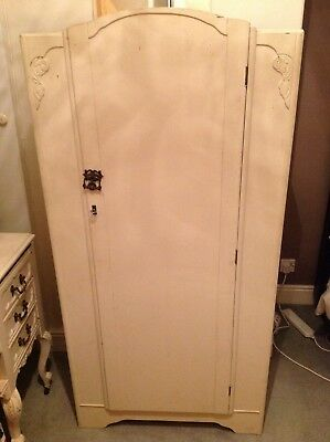 Vintage painted single wardrobe buyer collects Dewsbury area