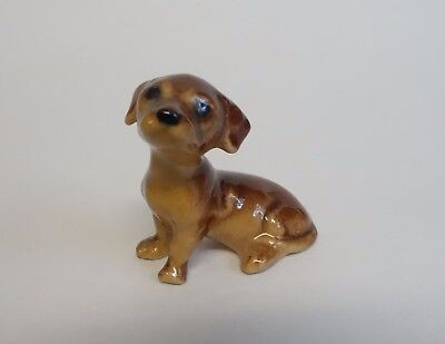 Hagen Renaker Vintage DACHSHUND PUPPY Dog Miniature Figurine SEATED Old Version
