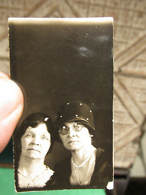 Antique Photograph Early 1900s Pair Of Texas Ladies Matrons Dour Countenance Fun