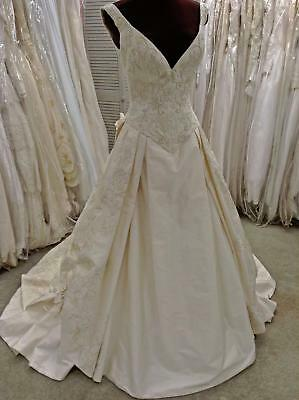 353 NWT ST PUCCHI Bride Sz 6 IV Silk Plunging Neck Beading Gold Embroidery $8000