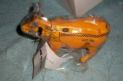 New Cow Parade NYC Taxi Cow 2000 Westlund figure 9160 retired