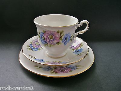 Queen Anne Pink Blue Carnations Vintage English China Trio Tea Cup Saucer Plate