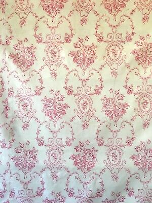 "Beautiful 19th Century French Cotton ""Cameo"" Toile Fabric  (2203)"