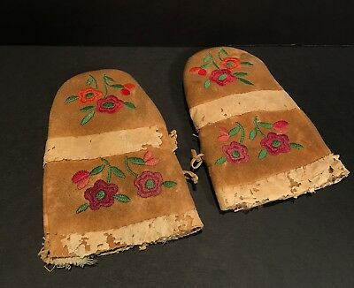 Fabulous Late 19th C Athabaskan Silk Embroidered Satin Stitched Child's Gloves
