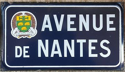 Old French enamel street sign road plaque Avenue de Nantes Saint-Mathurin Vendée