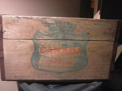 Vintage Canada Dry Ginger Ale Soda Wood Crate
