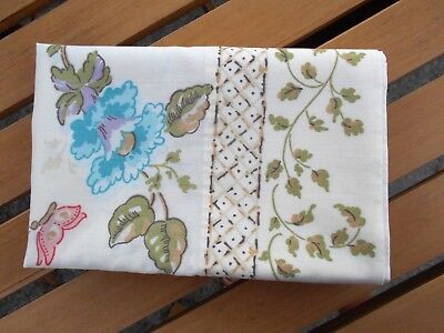 Pair Vtg Wamsutta Ultracale Pillow Cases No Iron Japanese Pagoda Floral Design