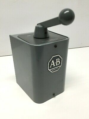 Allen Bradley 350-BAV Ser B Reversing Drum Switch Forward/Off/Reverse 600VAC