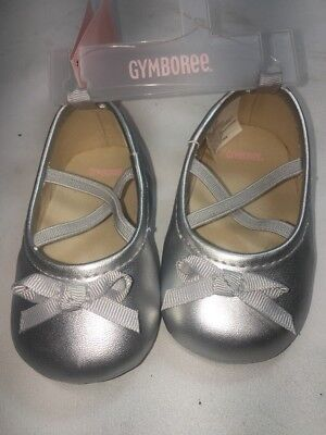 3539cde3c044 Gymboree Baby Girls Ballet Flats Crib Shoes Silver Bows NWT  19.95 Size 3