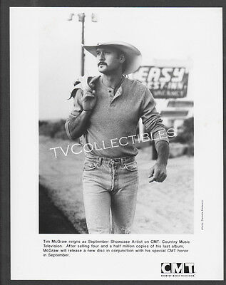 8x10 Photo~ CMT Showcase Artist ~TIM McGRAW ~Casual pose