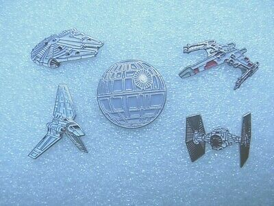 Star Wars pin badge. Choice of 4 assorted Spaceships and Death Star