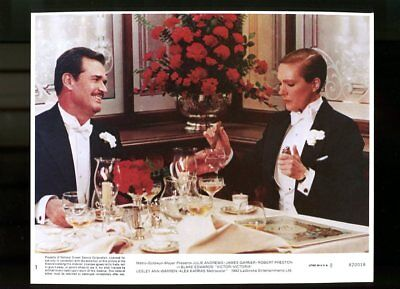 VICTOR/VICTORIA-8x10 PROMOTIONAL STILL #1-DINNER TABLE FN